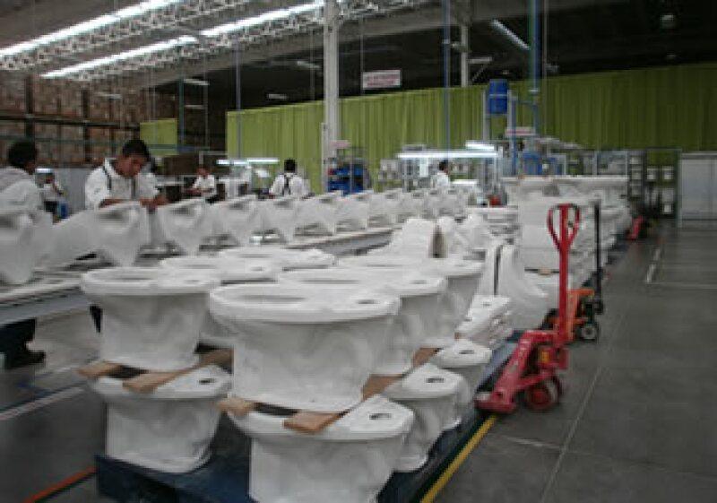 Helvex destina de 5 a 7% de sus ventas totales a investigación y desarrollo de nuevos productos. (Foto: Ivet Rodríguez)