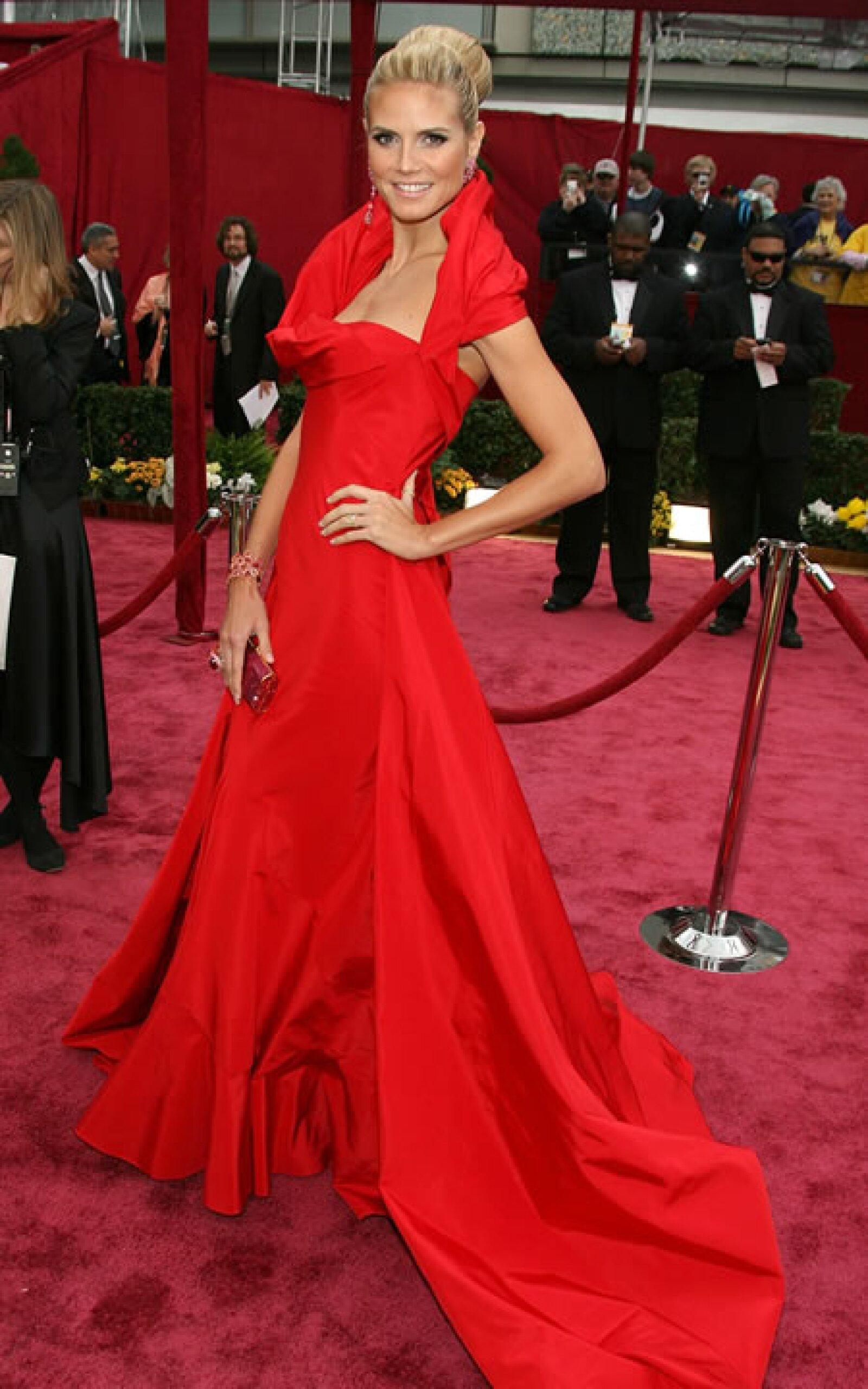 Una espectacular Heidi Klum en los premios de la Academia.