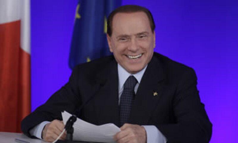 El primer ministro Silvio Berlusconi rechazó las especulaciones de que su Gobierno sería reemplazado por una coalición de tecnócratas. (Foto: AP)