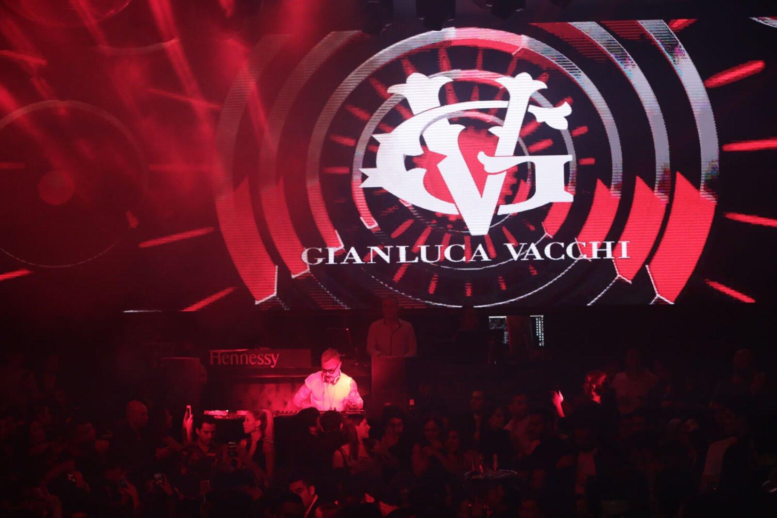 Gianluca Vacchi en La Santa