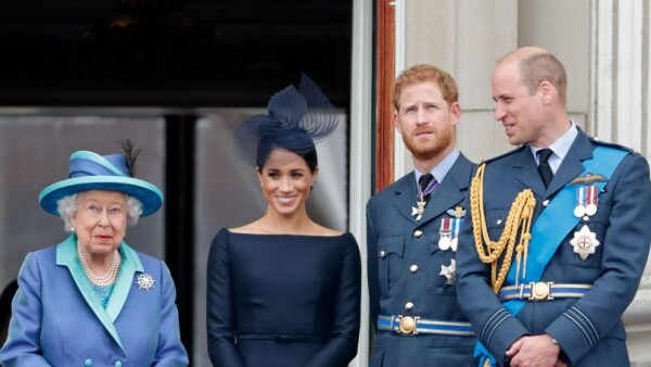 Reina Isabel II, Meghan Markle, príncipe Harry y príncipe William