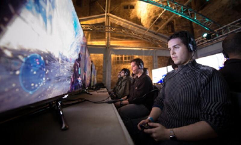 Pese a las débiles ventas del Xbox, los ingresos de Microsoft  crecieron 3%, a 21,500 mdd.  (Foto: Getty Images)