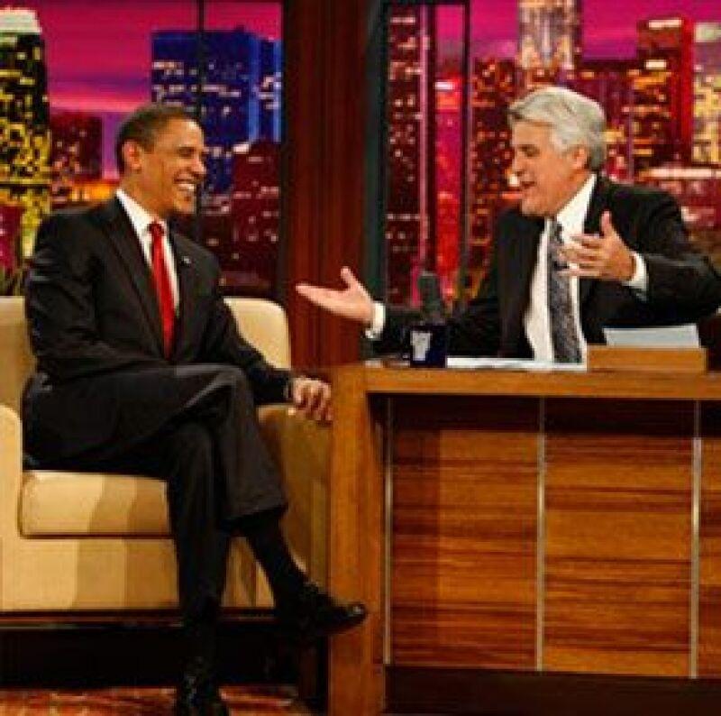 Es la primera vez que un presidente asiste al programa de la NBC.