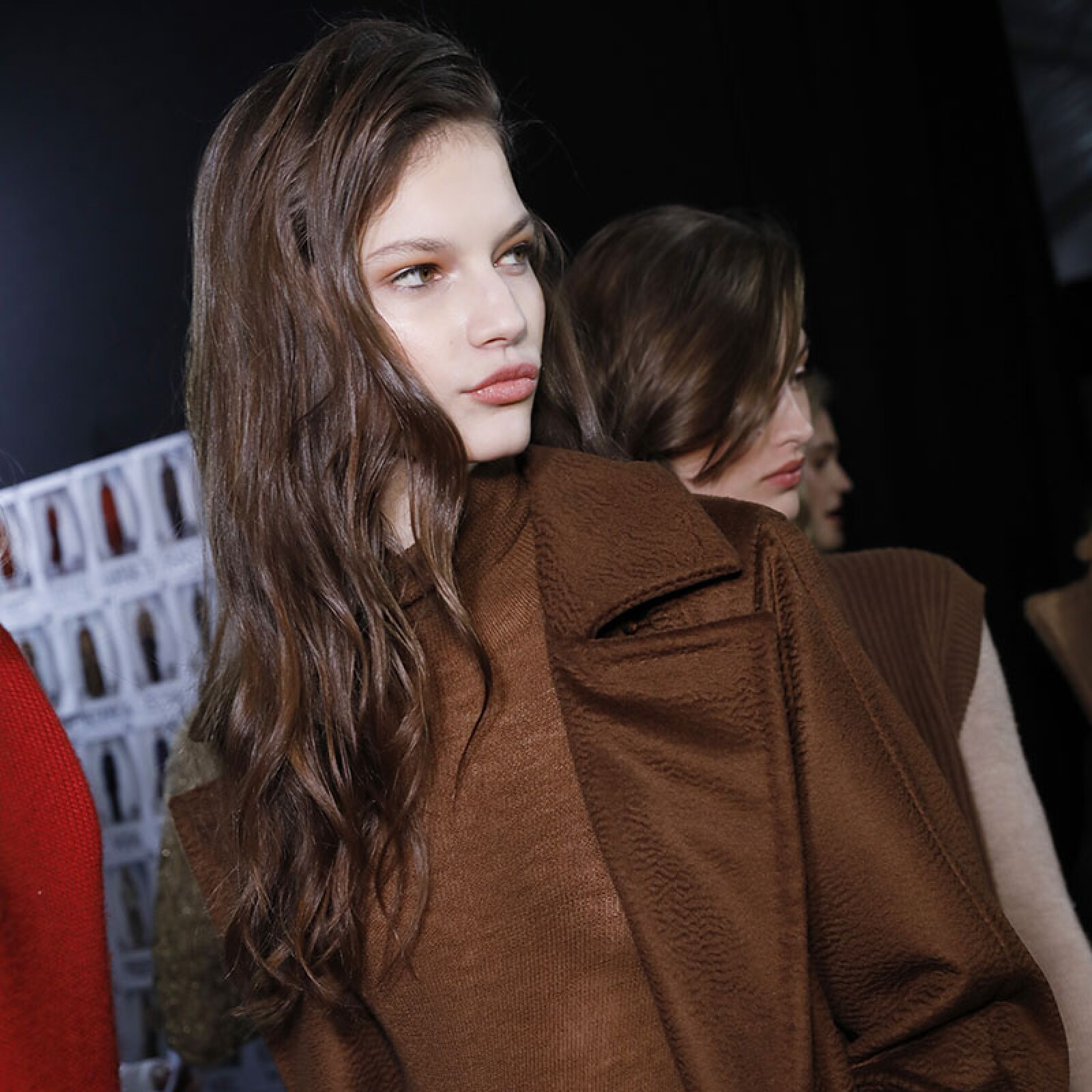 Max Mara - Backstage - Milan Fashion Week Fall/Winter 2017/18