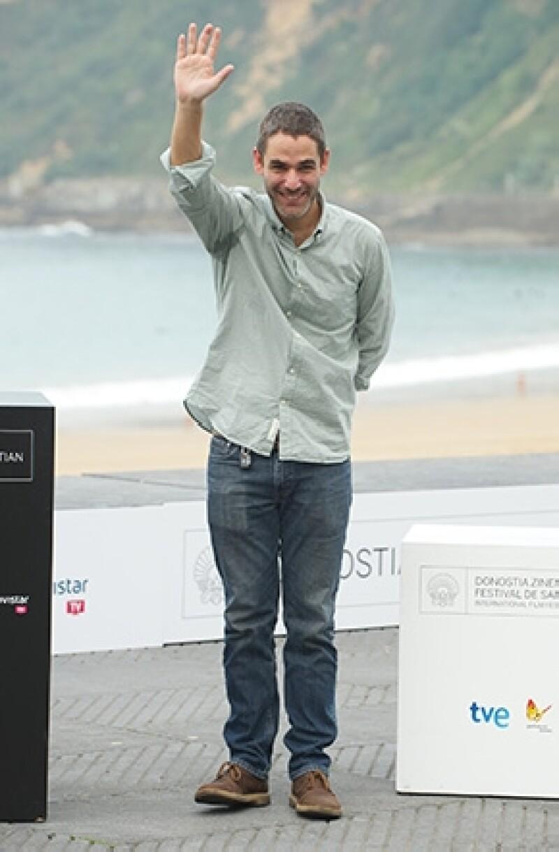 """El cineasta mexicano Fernando Eimbcke ganó la Concha de Plata por su película """"Club Sandwich"""", en la 61 edición del Festival Internacional de Cine de San Sebastián, norte español."""