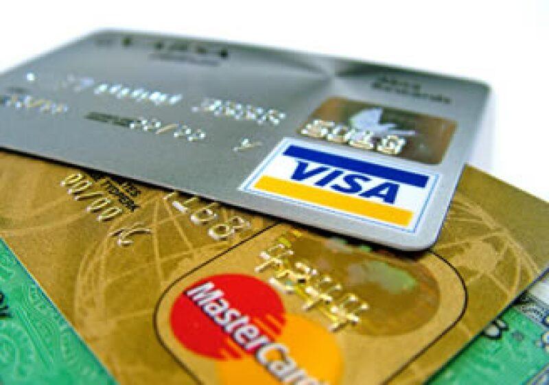 El número de tarjetas de crédito activas en el primer trimestre se redujo a 2.6%. (Foto: Cortesía SXC)