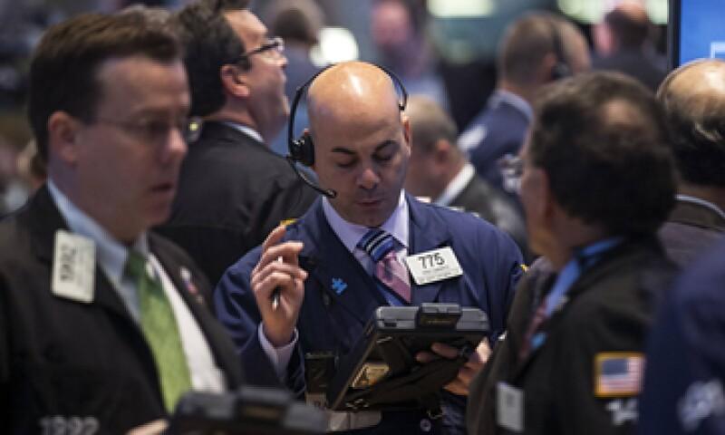 Pfizer dijo que trabaja en un acuerdo por adquirir a Astra Zeneca por 100,000 mdd. (Foto: Reuters)