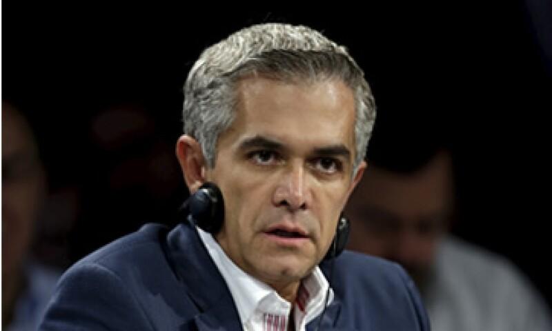 Mancera presumió que el número de trámites se redujo en la ciudad gracias a la tecnhología. (Foto: Reuters)