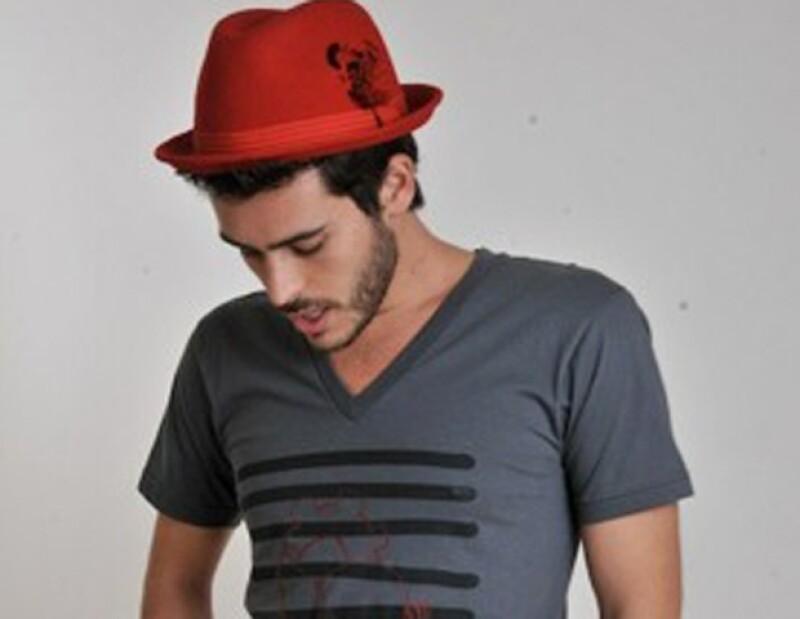 El cantante Jaime Kohen nos muestra que también tiene talento y buen ojo para la moda. En entrevista a Quién.com nos revela el resultado de su inspiración como diseñador.