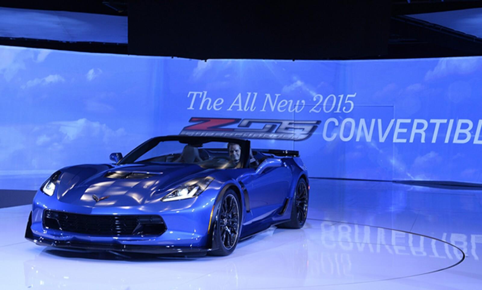 La automotriz estadounidense busca sumarse a la vanguardia con su nuevo Corvette Z06.