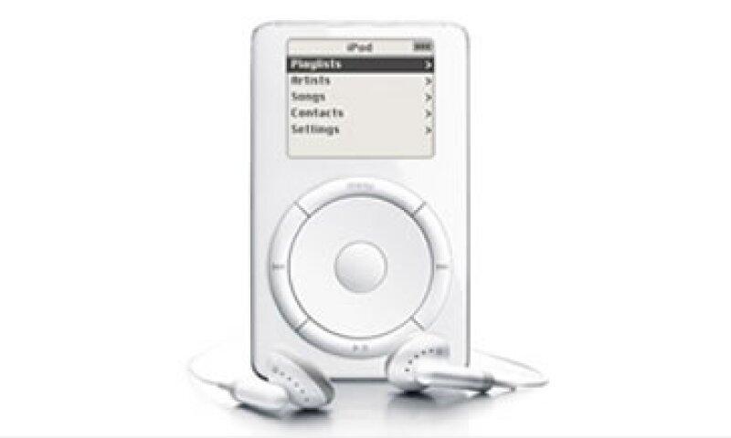 Apple obligaba a restablecer la configuración de los iPods con canciones de sitios rivales, para eliminarlas. (Foto: Cortesía Fortune)
