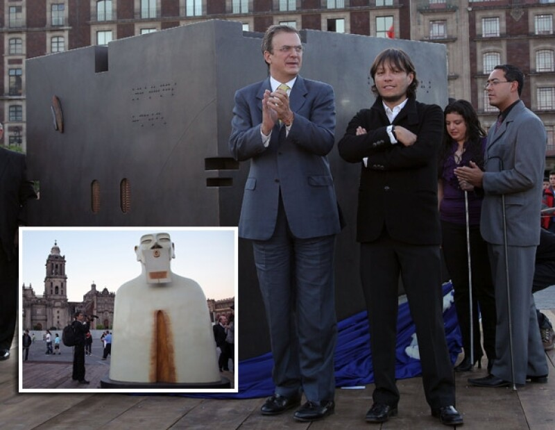 Marcelo y el artista Rivelino durante la inauguración `Nuestros silencios´.