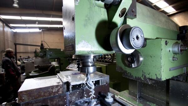 La planta Beutelspacher est� equipada con m�quinas herramienta ?como tornos y fresadoras- de origen alem�n.