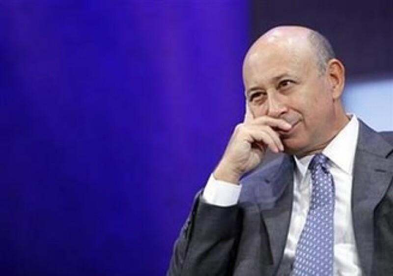 Lloyd Blankfein, presidente ejecutivo de Goldman Sachs, y a otros 4 altos mandos, recibieron 322 millones de dólares en compensaciones en 2007. (Foto: Reuters)