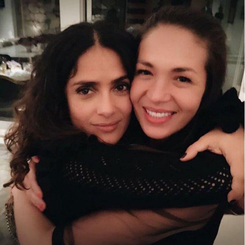 Salma junto a su gran amiga Yolanda Andrade.