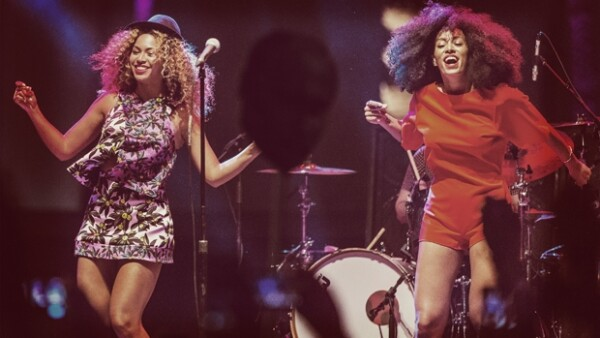 Las hermanas Knowles encendieron el escenario del festival de música californiano sorpendiendo a los presentes con una enérgica coreografía.