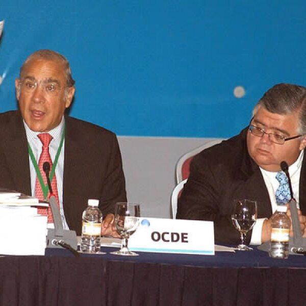 En el Quinto Foro Global de Transparencia e Intercambio de Información llevado a cabo el martes, el secretario general de la OCDE, José Ángel Gurría, propuso tolerancia cero a la evasión fiscal y más de 70 países acordaron reforzar el combate.