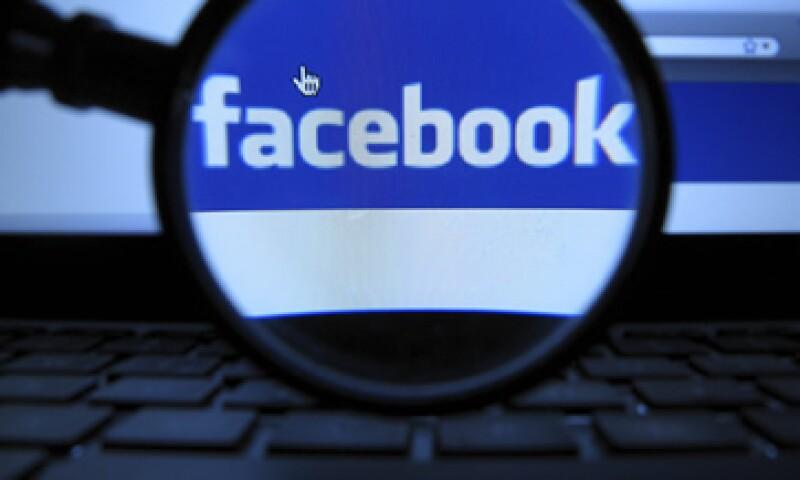 Este OPI convertiría a Facebook en la compañía con mejor debut en Wall Street, superando a Google, quien se estrenó en 2004 con 1,900 mdd y una valuación cercana a 25,000 mdd. (Foto: AP)