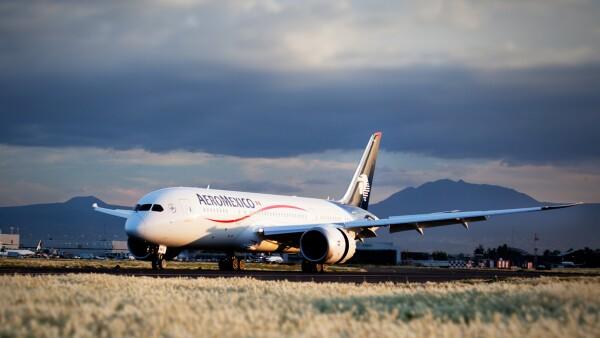 La depreciación del peso impactó en el costo de operación de la aerolínea mexicana.