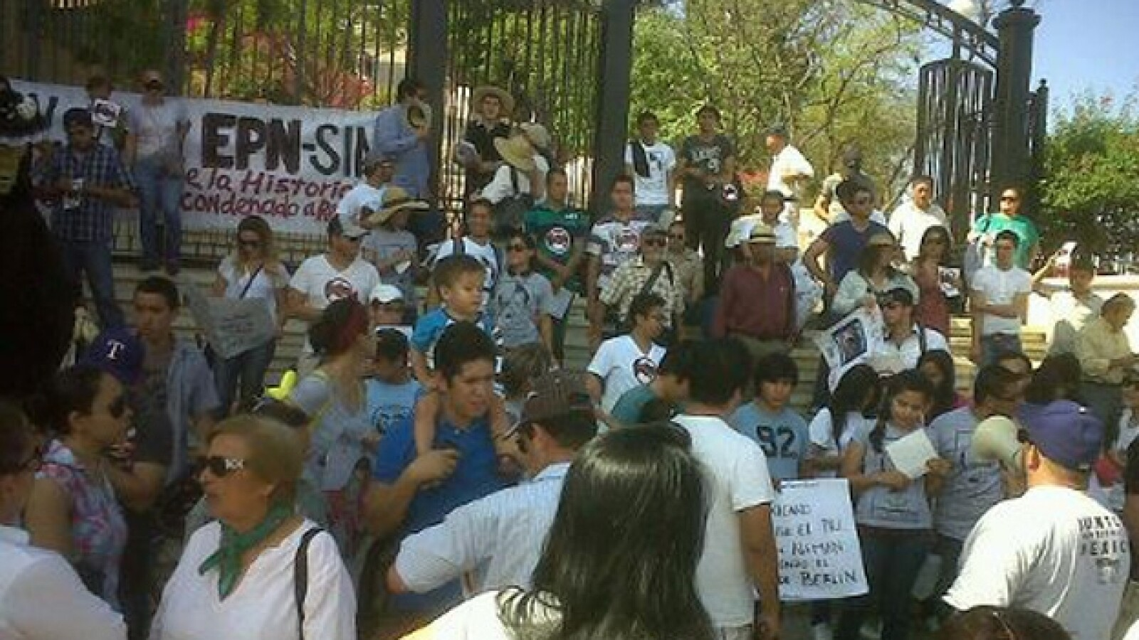 marcha antipeña Culiacán