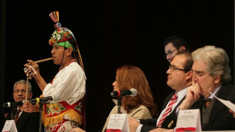 rueda de prensa sobre la cumbre tajin