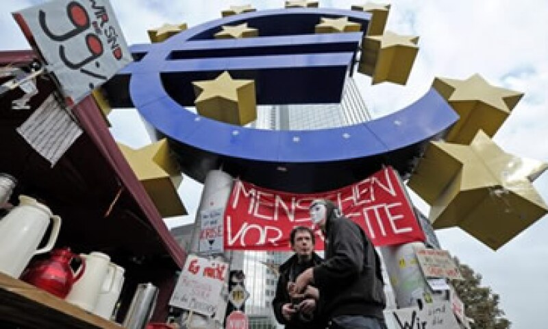 El movimiento social de 'los indignados' en el mundo es consecuencia de la crisis, puesto que la sociedad está reclamando la falta de oportunidades y de soluciones que la política ha fallado en darles. (Foto: Reuters)