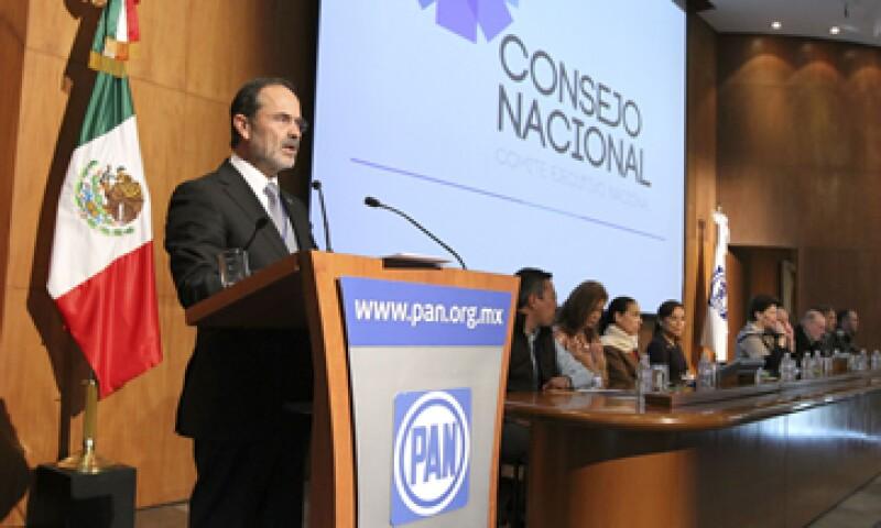 El líder panista calificó las supuestas acciones del PRI como una forma incorrecta de ganar la elección pasada. (Foto: Notimex)