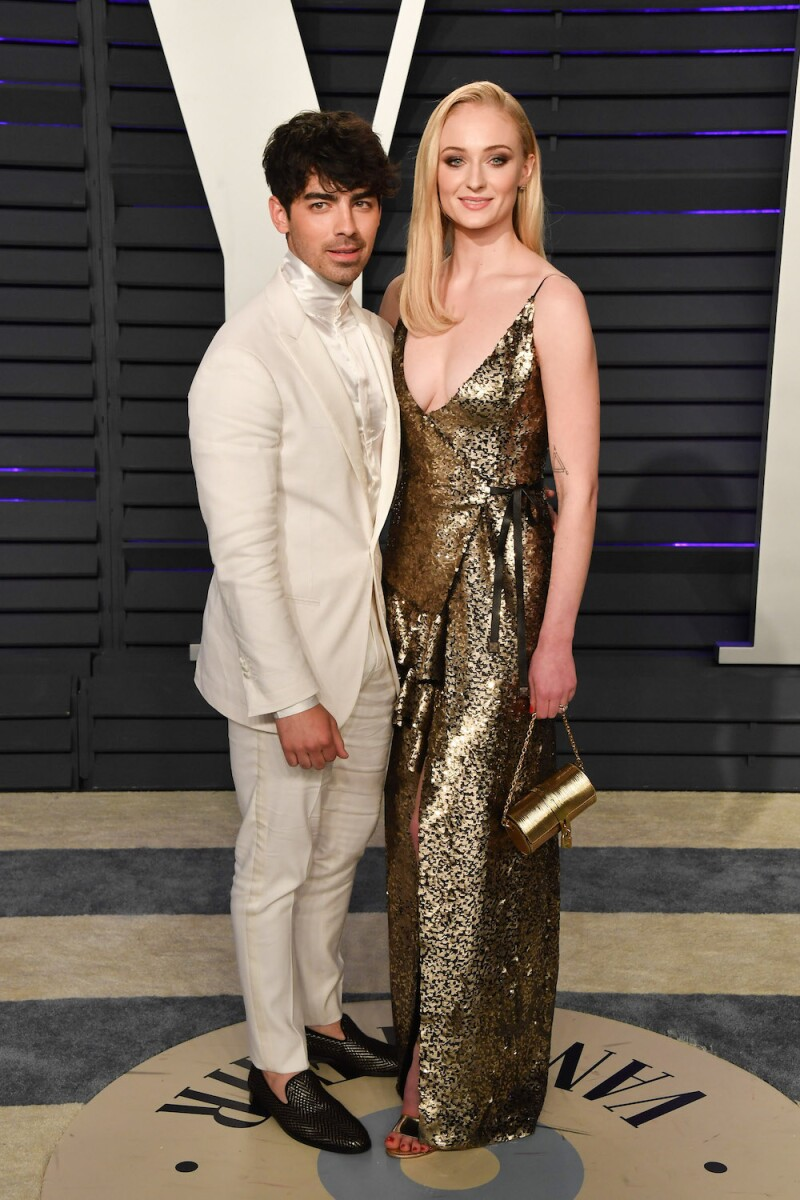 ¿Cuánto mide Sophie Turner? - Altura - Real height ?url=https%3A%2F%2Fcdn-3.expansion.mx%2F0a%2Fbe%2F736647aa4e90bb8b3dd43bf9a5d8%2Fjose-jonas-sophie-turner