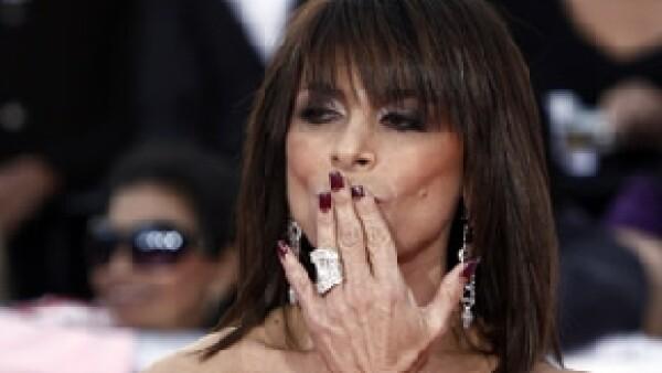La cantante estadounidense, quien declinó participar en American Idol tras varios años de estar como juez, será una de las invitadas especiales de la serie.