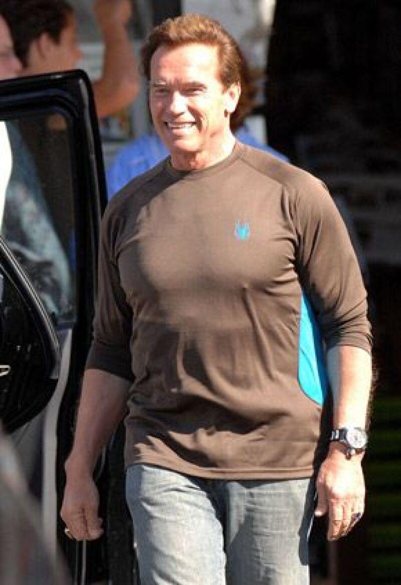 La película, llamada The Expendables, comenzará el 28 de marzo en Brasil y las escenas del gobernador se harán en Los Ángeles.