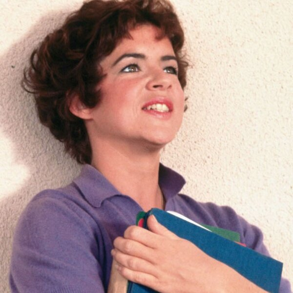 """En 1978 la película """"Grease"""" fue un éxito gracias a la historia, música y personajes, entre todos ellos Betty Rizzo, una mujer sin pena alguna que decía lo que quería y contra quien se pusiera en su cara."""