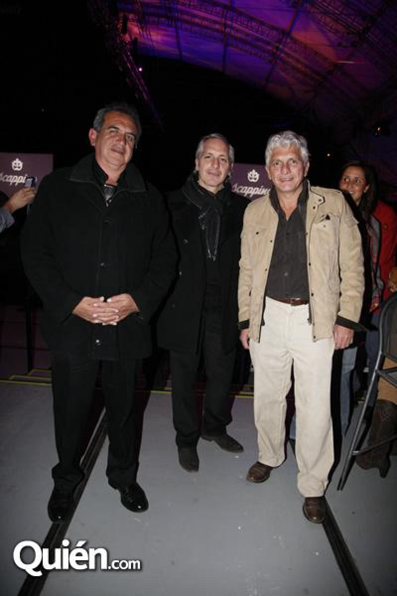 Genaro Hernández,Ricardo Orestano,Pascual Orestano