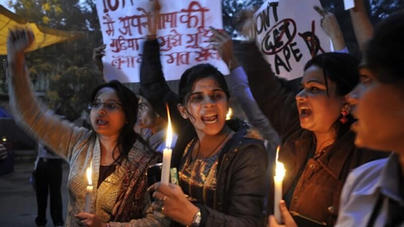 Manifestacion contra violaciones en India