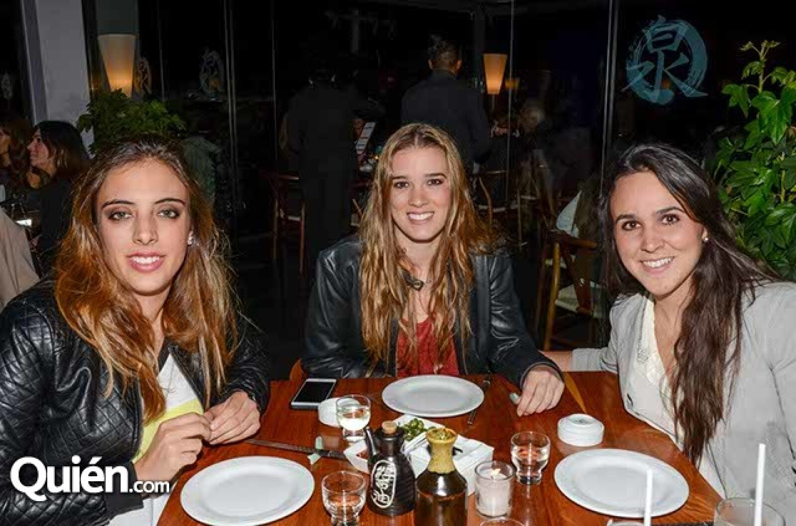 Ana Paula Chico,Lorraine Picard y Lourdes Hernández.