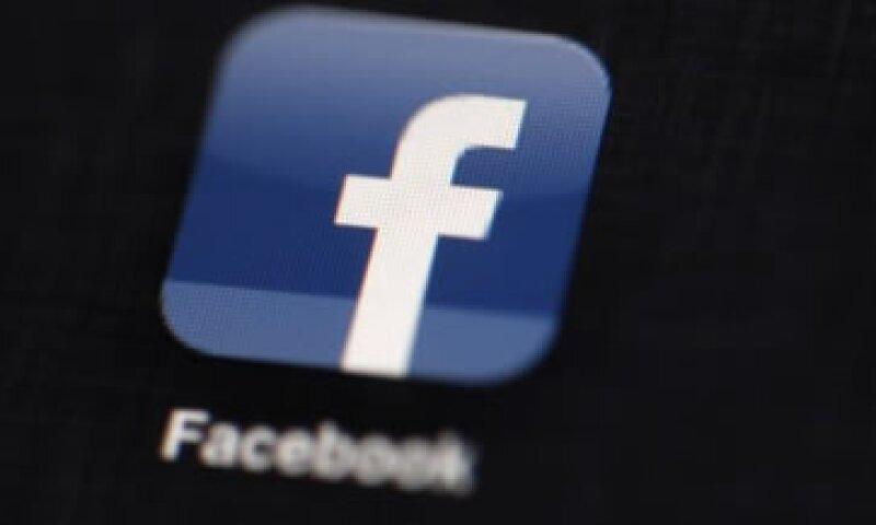 Los inversores están preocupados por la manera en que la red social generará ingresos a través de publicidad en dispositivos móviles.  (Foto: AP)