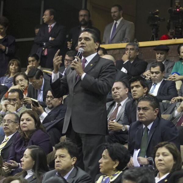 Con 354 votos a favor, 134 votos en contra y cero abstenciones, la Cámara baja aprobó en lo general los cambios constitucionales.