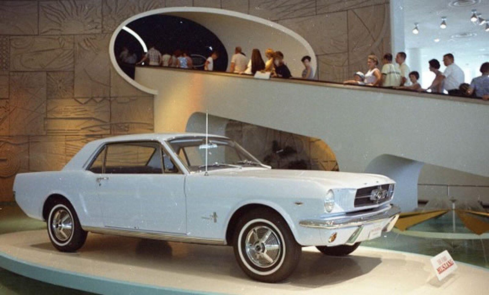 El primer Mustang fue presentado en 1965 en la Feria Mundial.