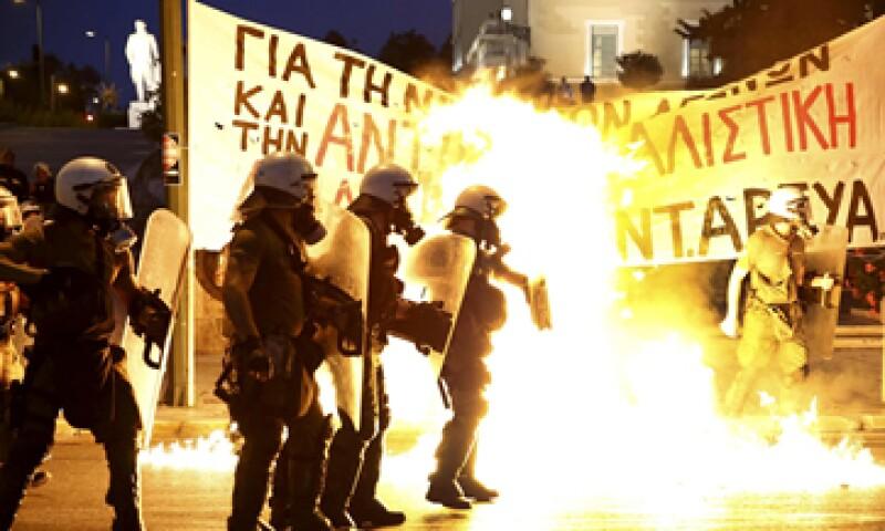 Los enfrentamientos se produjeron en la céntrica plaza de Syntagma. (Foto: Reuters )