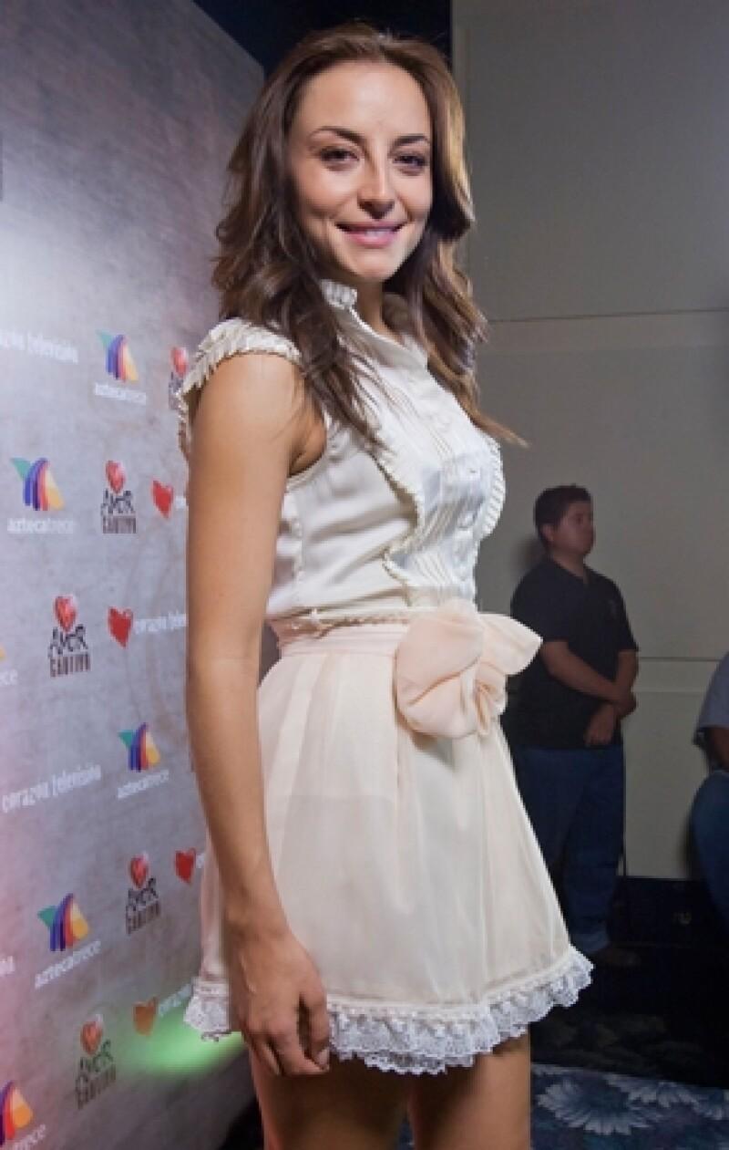 """Marimar Vega está agradecida por la oportunidad de protagonizar su primera telenovela, """"Amor Cautivo""""."""