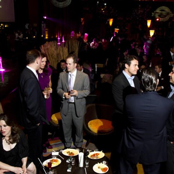 Al terminar la premiación hubo un coctel en el que los invitados pudieron disfrutar de un buen ambiente y los ganadores pudieron seguir festejando.