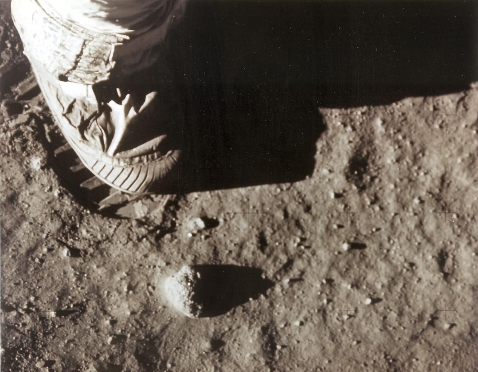 Bota Neil Armstrong