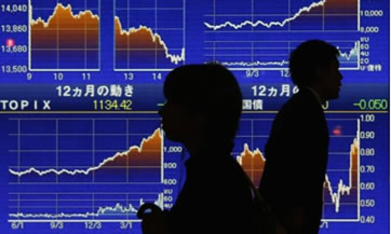 Aún no es claro si el entusiasmo por el programa de Shinzo Abe se traslada a otras partes de la economía.  (Foto: Reuters)