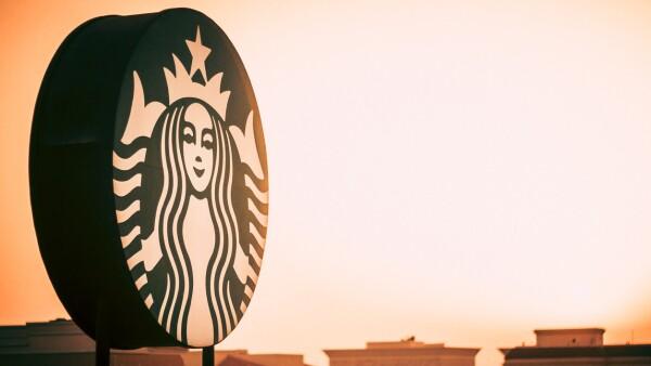 Uber Eats Starbucks café a domicilio