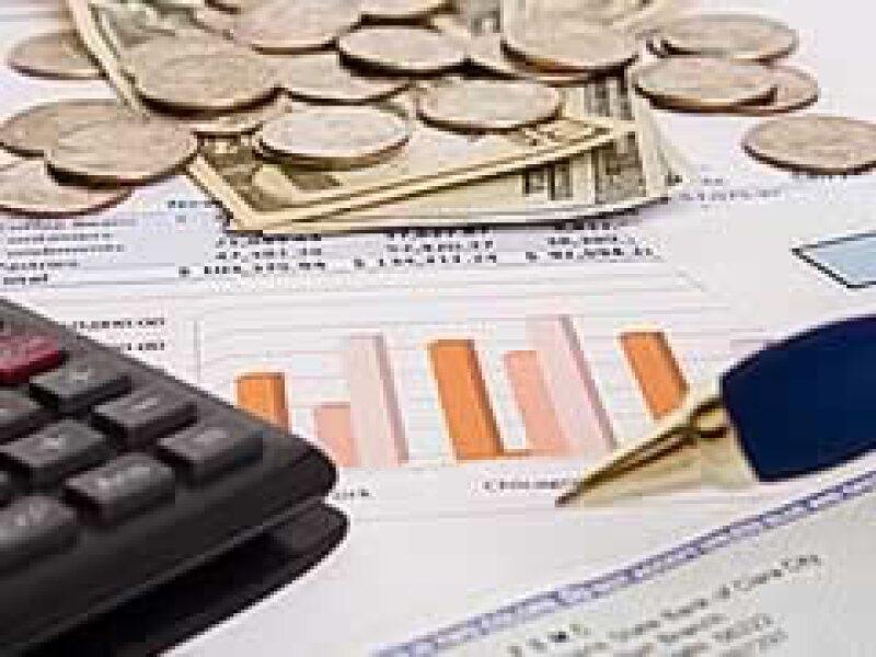 Enviar las declaraciones financieras a través del sistema postal le cuesta 1,000 mdd anuales a las empresas. (Foto: Dreamstime)
