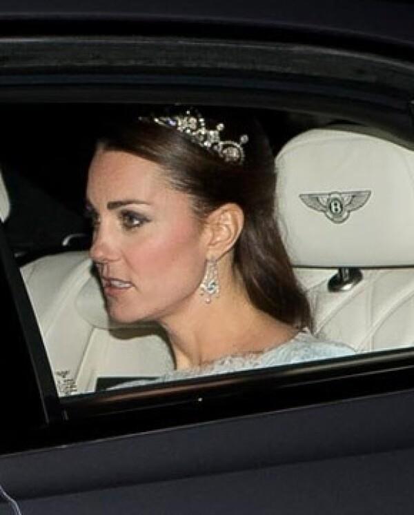 Kate fue vista el miércoles como pocas veces, con tiara.