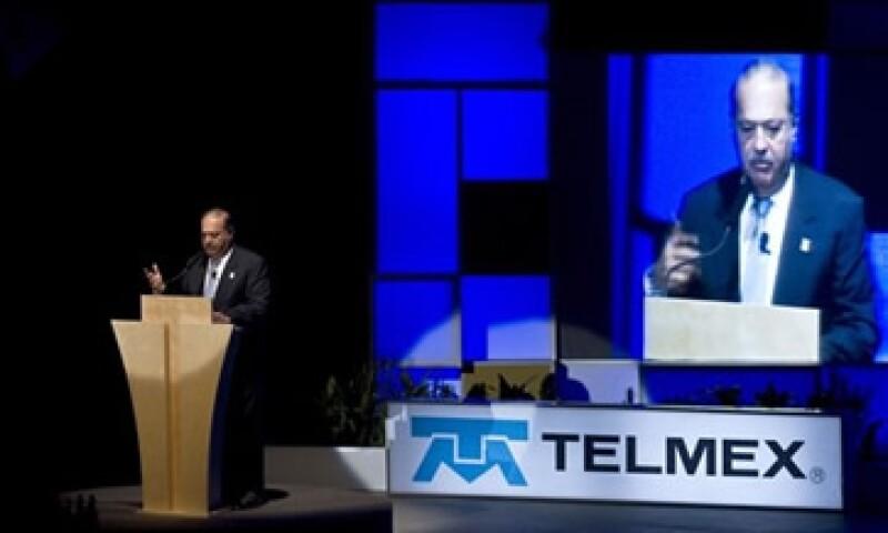 El IFT deberá determinar antes del 9 de marzo si Telmex es preponderante en el sector de telecomunicaciones. (Foto: AP)