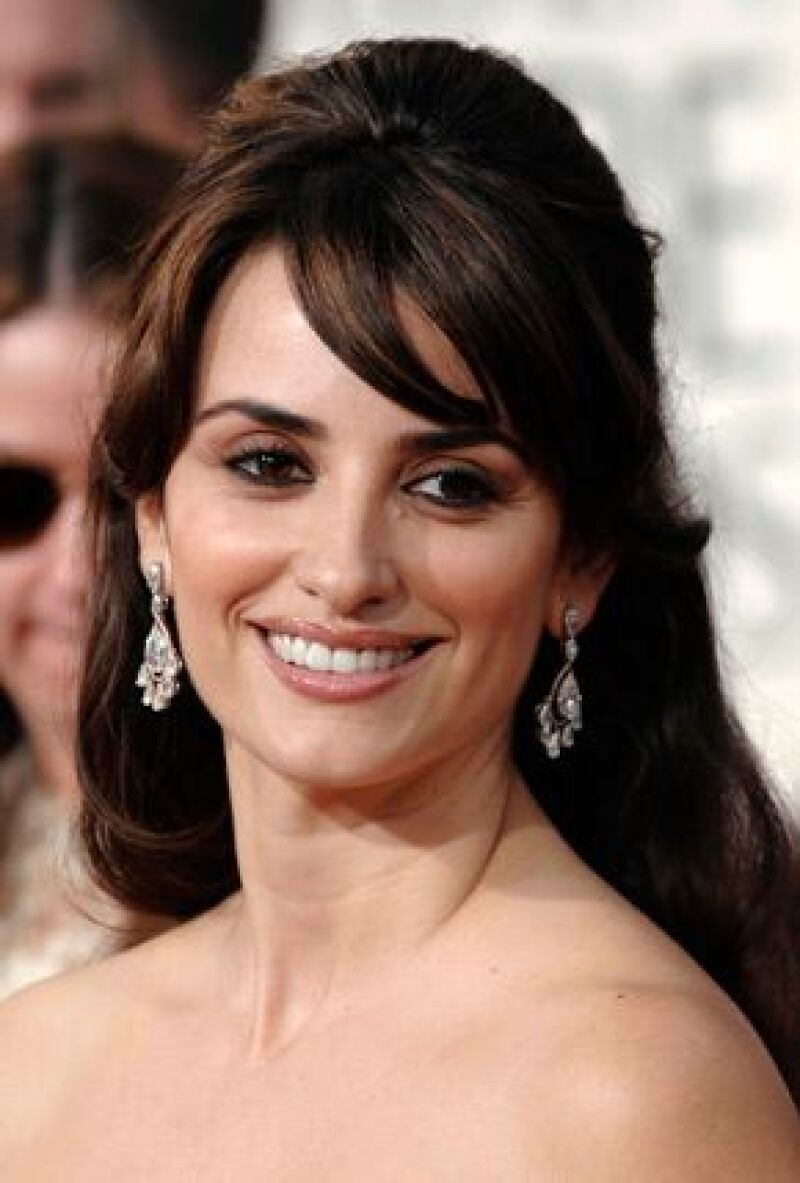 Apenas unas horas después de recibir el Oscar, la actriz española fue nombrada `hija predilecta´ del municipio madrileño de Alcobendas, su ciudad natal.