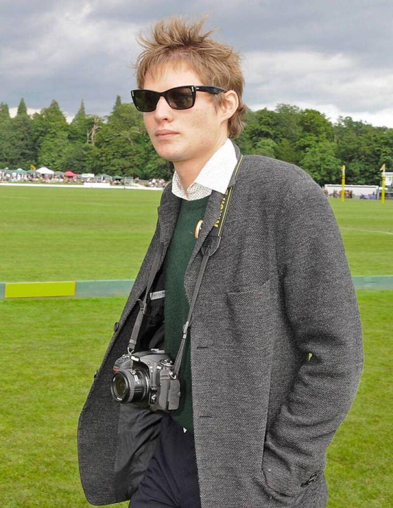 El nuevo amor de la modelo es un fotógrafo que inició su carrera con Mario Testino.