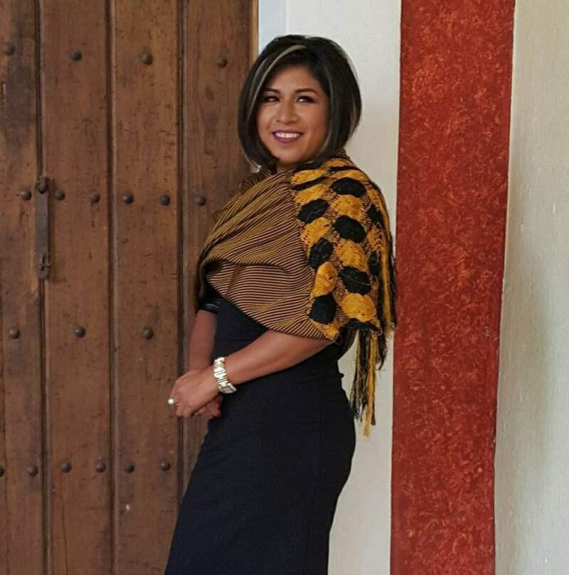La candidata del PRD a gobernadora de Puebla plantea impulsar una iniciativa de participación ciudadana, para que las decisiones se tomen entre el gobierno en consulta con la población.