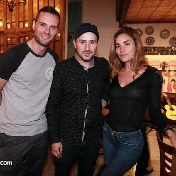 Roberto Huyas,Ricardo Prats y Sandra García